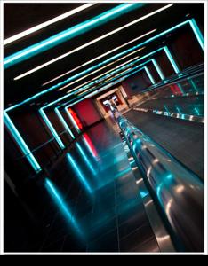 modern_escalator